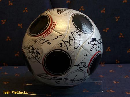 Ondertekende wedstrijdbal RSC Anderlecht