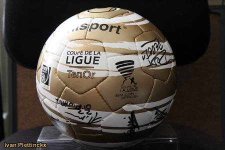 Wedstrijdbal Coupe De La Ligue (voetbalbekertornooi Frankrijk)
