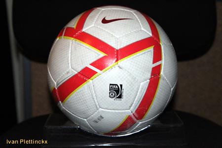 Wedstrijdbal Futsal Topsport Antwerpen - seizoen 2010-2011