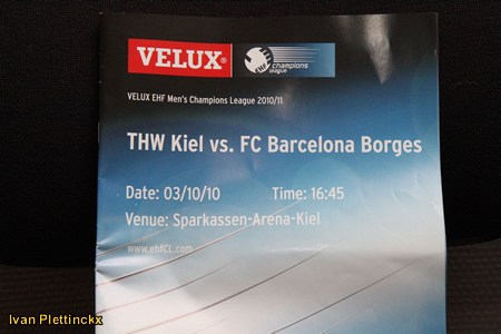 Wedstrijdbal / Game ball THW Kiel vs FC Barcelona Borges - EHF Champions League