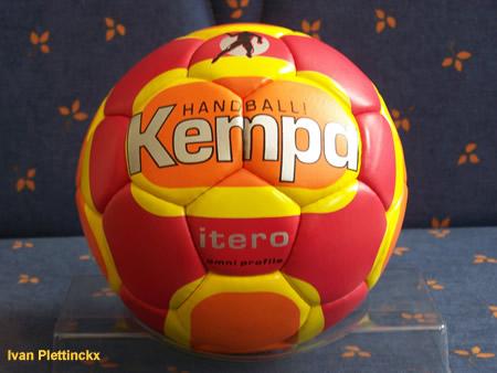 Wedstrijdbal Kempa Itero