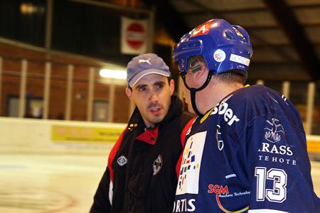 Inworppuck + wedstrijdpuck IJshockeywedstrijd Phantoms - White Caps