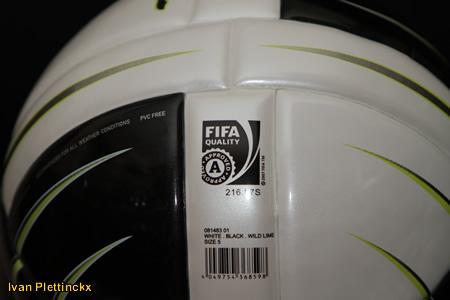 Nieuwe wedstrijdbal PUMA Powercat 1.10 (Fifa Approved)
