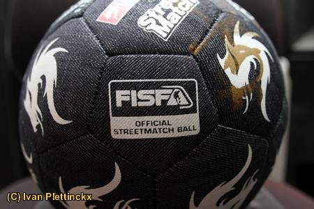 Wedstrijdbal Monta Street Soccer - Edgar Davids Street Soccer Tour
